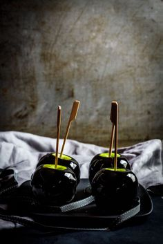 Poison Black Toffee Apples