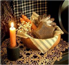 Primitive Farmhouse Wood Bowl Star and Pantry Cake Melting Tart Candle