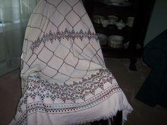 Swedish weaving diamond pattern.