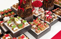 Reinvent your holiday spread with Eleni's decorative cookies. #holidaydessert