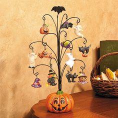 Halloween Pumpkin Tree with Ornaments - TerrysVillage.com