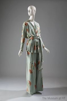 """Valerie Porr lounging pajamas, printed silk, 1976, USA, 99.14.3, Collection of The Museum at FIT. #lingeriehistory / The silhouette of these lounging pajamas was inspired by the 1930s, but the printed silk was decidedly of-the-moment. From the late 1960s through the mid-1970s, emphasis on all things """"natural,"""" including the bare body, was often manifested in revealing clothing styles—but it was also referenced in other ways, such as the motif of a nude woman on this fabric."""