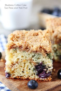 Blueberry Coffee Cake Recipe on twopeasandtheirpod.com. This cake is great for breakfast or dessert! #cake #blueberry