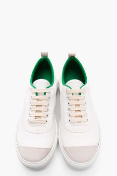 COMME DES GARÇONS SHIRT White Canvas Green-Trimmed Low-Top Sneakers