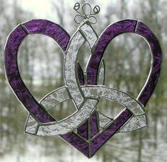Stained Glass Suncatcher-Mothers Heart Celtic Knot-Purple Lace