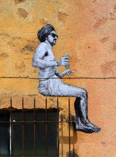 Levalet #ravenectar #streetart #art #graffiti