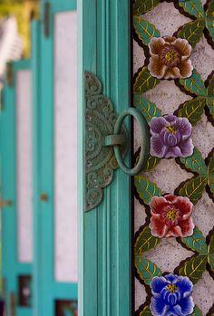 blue floral door