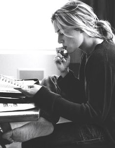 Kate Winslet studying