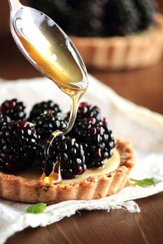Blackberry goat cheese tarts with honey