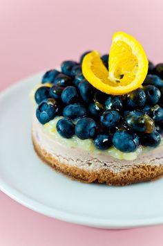 Lemon blueberry cheesecakes / recipe