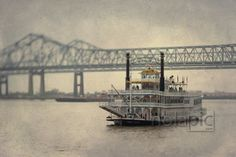 Creole Queen on the Mississippi river in New Orleans