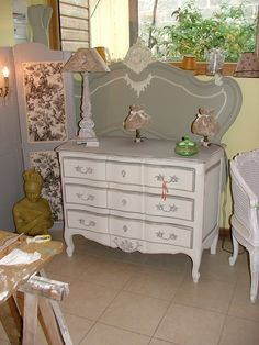 Style gustavien on pinterest louis xvi shabby chic style and banquettes - Meubles style gustavien ...