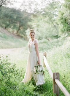 Photography: Bryan N. Miller Photography - bmillerweddings.com  Read More: http://www.stylemepretty.com/california-weddings/2014/07/23/organic-dinner-party-wedding-inspiration/