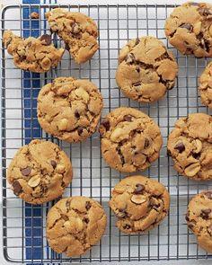Flourless Peanut-Chocolate Cookies Recipe