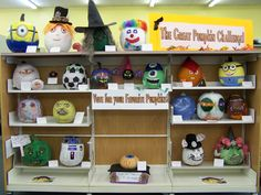 The Great Pumpkin Challenge. Who will hold this year's Great Pumpkin title? Library visitors vote!