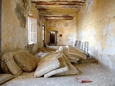. abandon jail, 16 century prison, abandon sight, abandon stuff, abandon wall, 072708abandoned4jpg 450338, forgotten, abandon place, abandon build
