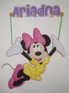 Aplique de Minnie Mouse de 90cms de alto.