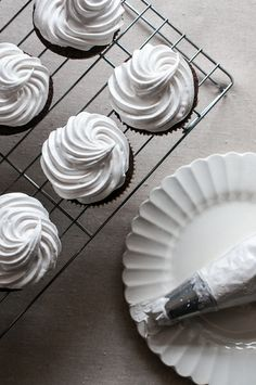 Sweet Treats: a baking blog: Toasted Marshmallow Chocolate Stout Cupcakes