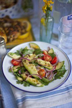 Deconstructed Guacamole Salad by donalskeyan #Salad #Guacamole #Avocado