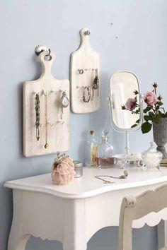 diy jewelry storage ideas cutting boards wall hooks