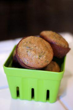 Sarah Bakes Gluten Free Treats: gluten free zucchini muffins