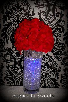 Floral arrangement - Glowing centerpiece idea