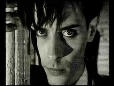 Bauhaus - She´s in parties