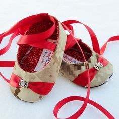 USMC Ballet Slippers! I need a baby so I can get these!!!