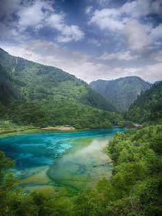 Jiuzhaigou Valley, China