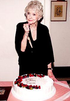 Elaine Stritch and her birthday cake.