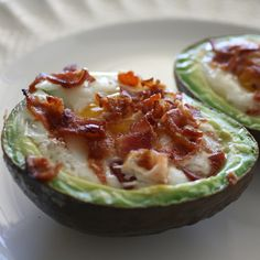 Baked avocado with bacon and eggs