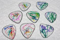 Mom's Crafty Space: DIY Guitar Picks {Tutorial}