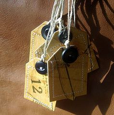 Gift Tags - Jar Tags Labels - Sewing Pattern Tissue #crafts #sewing