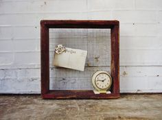 Antique Wooden Chicken Nesting Crate with Wire Mesh by KnickofTime