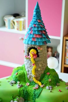 how to-rapunzel cake