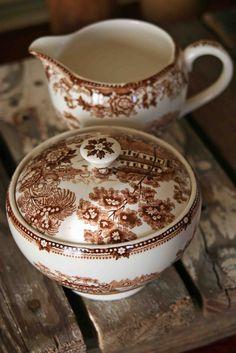 Sugar bowl & creamer brown transferware