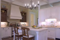 Copp Main House - traditional - Kitchen- The Ford Plantation- www.cowartgroup.com Gerald D. Cowart, AIA, LEED AP