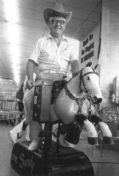 South Dakota's historian and humorist, the late Bob Karolevitz.