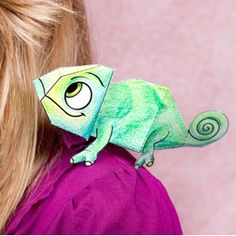 Tangled Pascal The Chameleon Paper Craft...someone I know would adore this. :)