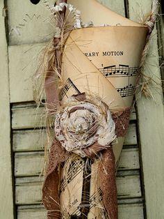 Rose Lace Tussie Mussie by noelle garrett designs