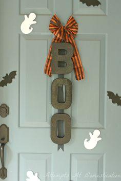 diy boo, walter walter, diy fashion, boo wreath, halloween door, diy gifts, ashley walter, hand made, cardboard letters