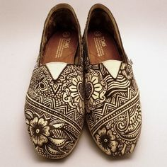 Henna patterned Toms!