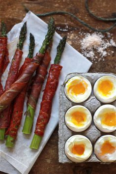 Soft-Boiled Eggs with Asparagus Soldiers via The Clever Carrot #egg #asparagus #recipe