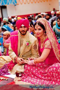 http://www.whitechapelphotography.com/blog/wp-content/uploads/2010/12/Vancouver-Sikh-Wedding-16.jpg