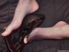fishnet feet