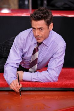 32 Reasons Robert Downey Jr. is The Most Perfect Man In The Universe and he's less than a year away from turning 50... this man, peopl, robert downey junior, robert downey jr, rdj, perfect man, iron man, ironman, grauman chines