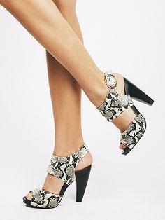"""""""Gypsy"""" - Seychelles Footwear"""