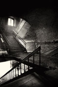 "That you were Romeo, you were throwing pebbles, And my daddy said, ""Stay away from Juliet"" And I was crying on the staircase Begging you, ""Please don't go"" favorit place, stairs, stairway, black white photography, foggi morn, light photography, beauti, abandon militari, photographi"