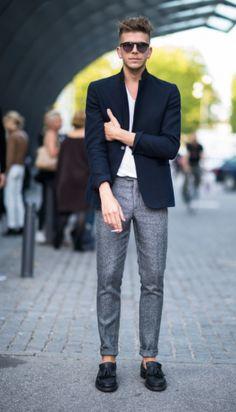 blazer + tee shirt for a simple + dapper look // causal menswear summer style + fashion