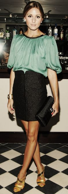A peasant blouse is timeless! Tuck into a high-waisted skirt for an elegant evening look.